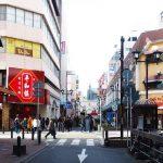 福岡天神「天神サザン通り」は若者たちが遊びに来るアミューズメントスポット