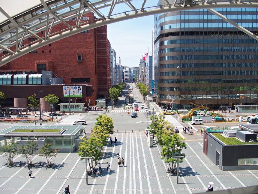 JR博多シティ3階デッキ10