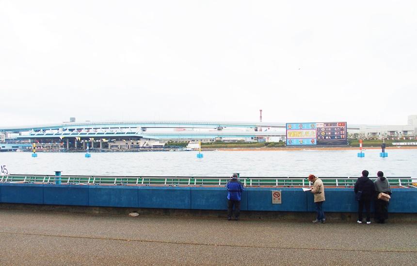 福岡競艇8
